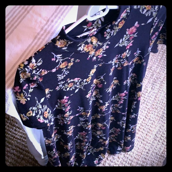 Lush Dresses & Skirts - Floral dress from Nordstrom's brand Lush